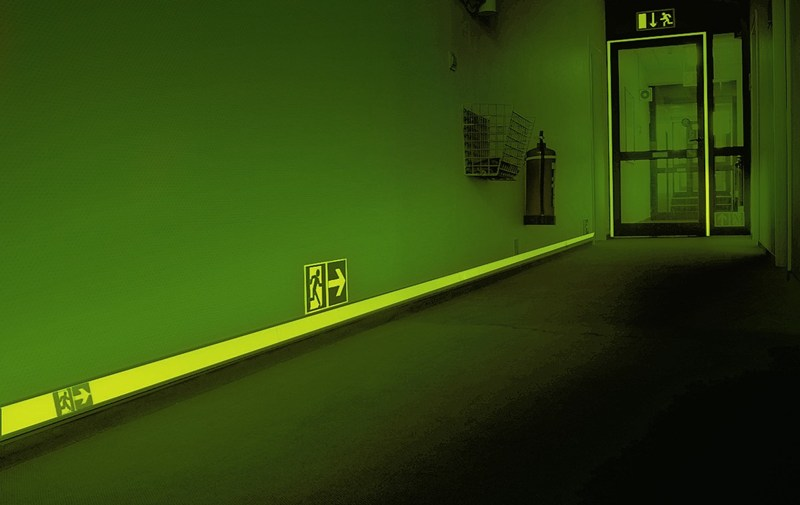 Photo_Luminescent_-_Long_Corridor_Marking